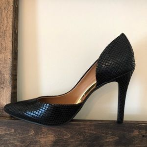 "Size 7 ""snake skin"" heels"